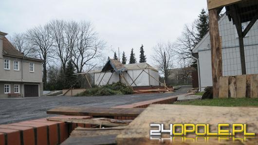 Rozpoczęła się już budowa szopki bożonarodzeniowej w Szczepanowicach