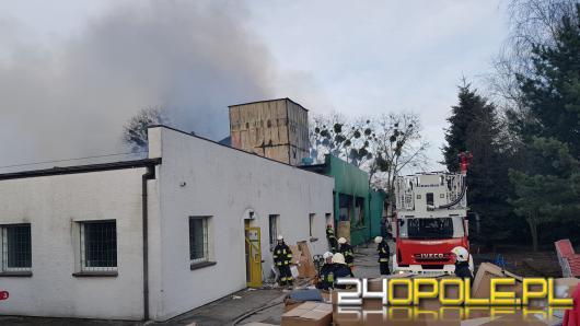 Trwa szacowanie strat po wczorajszym pożarze w Kluczborku, mogą sięgać powyżej 3 milionów złotych