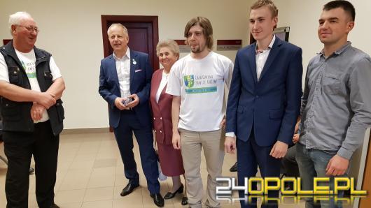 """""""Okupowali"""" biuro Patryka Jakiego, dziś stanęli przed sądem"""