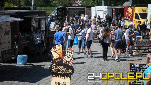 Food Trucki zawładnęły parkingiem przed amfiteatrem