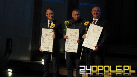 """Nagrody i wyróżnienia w konkursie """"Opolskie dla rodziny"""" rozdane !"""