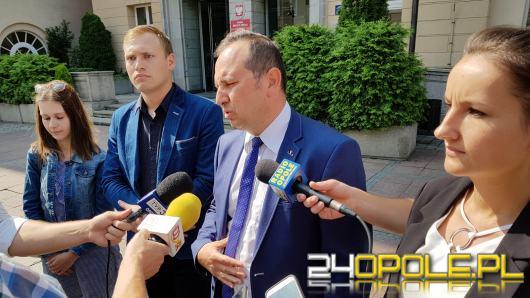 """PiS nazywa prezydenta """"Damskim bokserem"""", ale chce merytorycznej kampanii"""