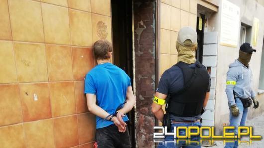 Włamali się na konto bankowe, zostali zatrzymani we Wrocławiu