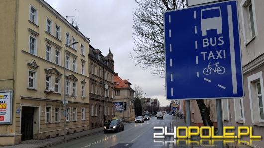 Uwaga na znaki! Buspas wraca na ulicę Spychalskiego