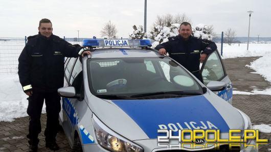 """Na """"porodówkę"""" z policyjną eskortą"""
