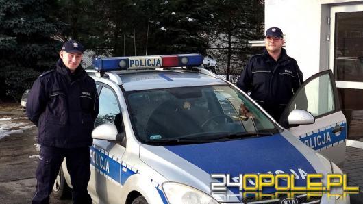 Policjanci ruszyli z pomocą bez wahania