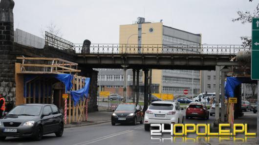 Działacze Opolskiej Wiosny oburzeni sposobem modernizacji Dworca Wschodniego