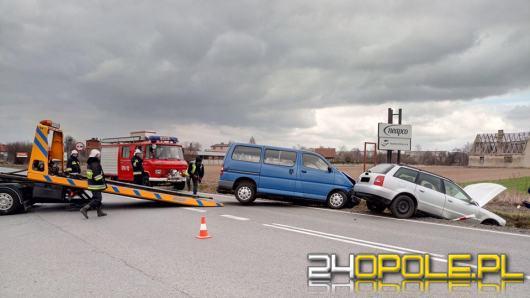 Niespokojnie na drogach. Dwa wypadki na DK 45