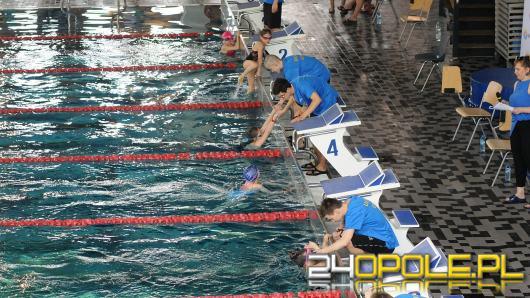 Pierwsze zawody szkółek pływackich za nami