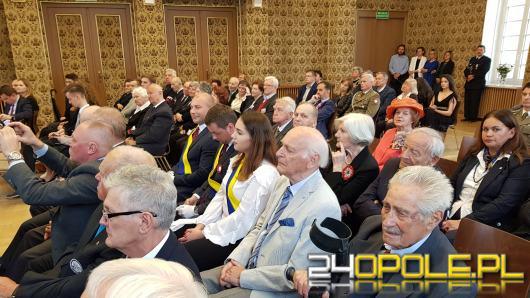 W opolskim ratuszu tradycyjnie odbyła się uroczysta sesja Rady Miasta