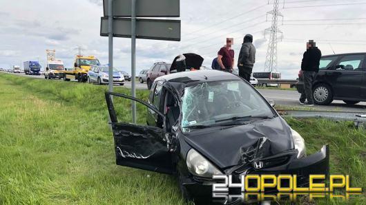 Dwa samochody zderzyły się na 207 kilometrze A4. Droga jest już przejezdna