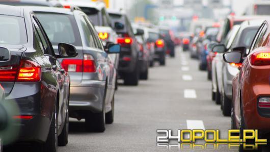 453 zł płacą za OC kierowcy z Opola - Izi podpowiada, jak kupić najtańszą polisę