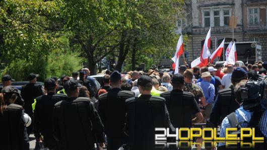 Policja zanotowała trzy incydenty towarzyszące dzisiejszemu Marszowi Równości