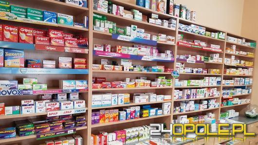 """Pod tym numerem sprawdzisz, gdzie kupić """"niedostępny"""" lek"""