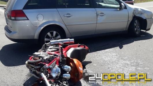 Zderzenie osobówki z motocyklem. Lądował śmigłowiec LPR