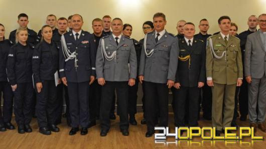 23 nowych policjantów ślubowało w Opolu