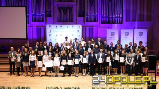 """40 uczniów otrzymało tytuł """"Prymusa Opolszczyzny"""""""