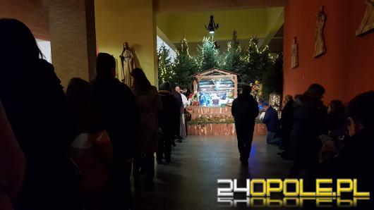 Jedyna taka msza w roku. Opolanie tłumnie uczestniczą w Pasterce