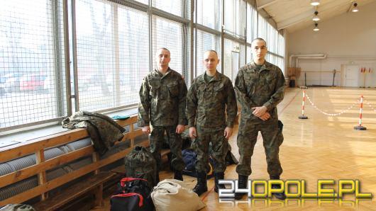 10. BLog szkoli nowych kandydatów na żołnierzy