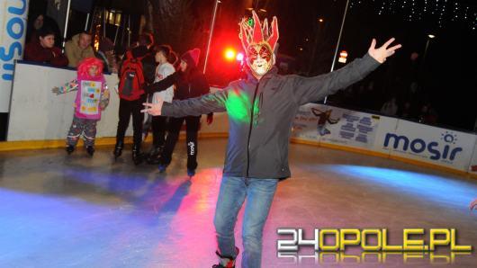 Rytmy Disco zagościły na lodowisku przy Stawku Zamkowym