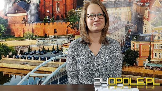 """Anna Lubasińska-Tabaczniuk - zaprasza na wystawę """"Mieczysław Fogg - pieśniarz Polaków"""""""