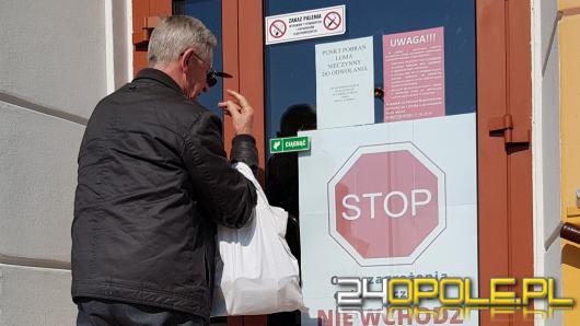 """Zamknięte przychodnie w Opolu, wizyty tylko """"telefoniczne"""". Rodzice pełni obaw"""