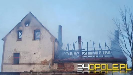 Pożar domu jednorodzinnego w gminie Biała. W akcji 11 zastępów straży