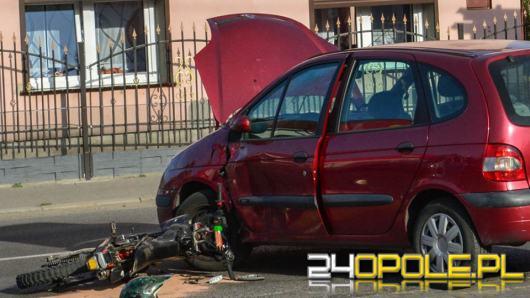 Zderzenie samochodu osobowego i jednośladu w Lewinie Brzeskim
