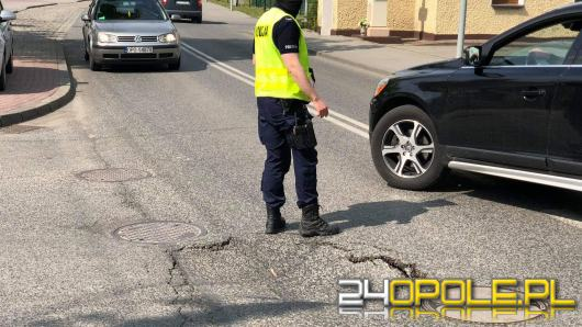 Uwaga kierowcy! Zapadła się jezdnia na ulicy Wiejskiej w Opolu