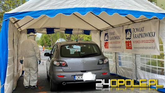 W Krapkowicach można wykonać test na koronawirusa nie wychodząc z samochodu