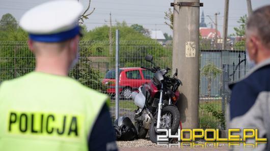 80-latek wymusił pierwszeństwo i zderzył się z motocyklistą. Zadysponowano śmigłowiec LPR