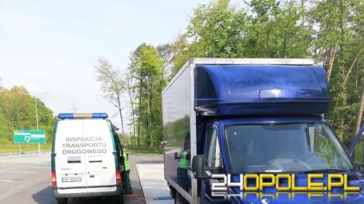 Inspektorzy WITD zatrzymali busa. Ważył ponad 7 ton