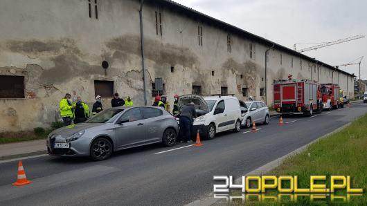 Zderzenie trzech aut na ulicy Partyzanckiej w Opolu