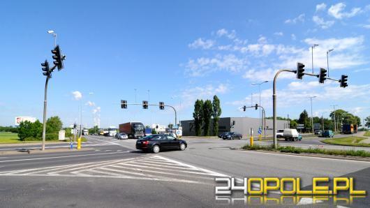 Uwaga kierowcy! Niebezpiecznie na obwodnicy Opola. Nie działają światła