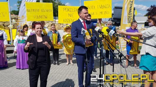 Szymon Hołownia liczy na zwycięstwo w wyborach prezydenckich. W II turze wygrywa z Andrzejem Dudą