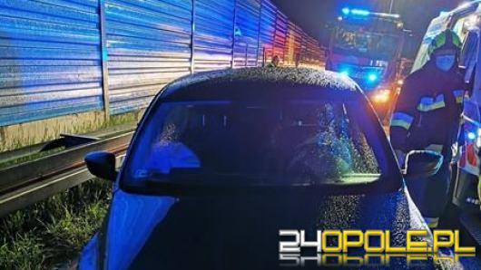 Zderzenie osobówki z ciężarówką na krapkowickim odcinku A4