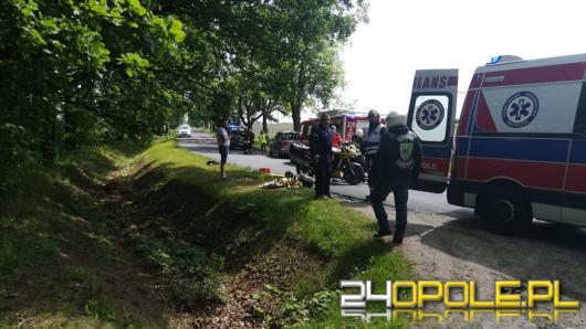 Motocykl zderzył się z samochodem osobowym na trasie Bierdzany - Ligota Turawska.