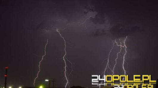 Burze z gradem nad Opolszczyzną, meteorolodzy ostrzegają