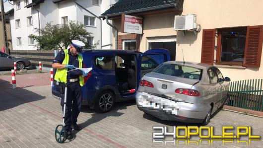 Utrudnienia na trasie Opole-Prudnik po zderzeniu 3 pojazdów w Górkach