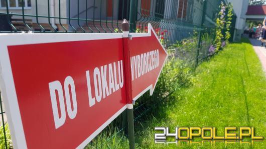 Andrzej Duda i Rafał Trzaskowski w II turze. Dane z ponad 99 procent obwodów