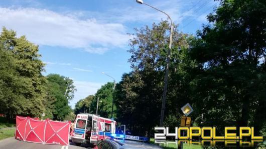 Tragedia w Namysłowie. Rowerzystka wjechała wprost pod koła samochodu. Zginęła na miejscu