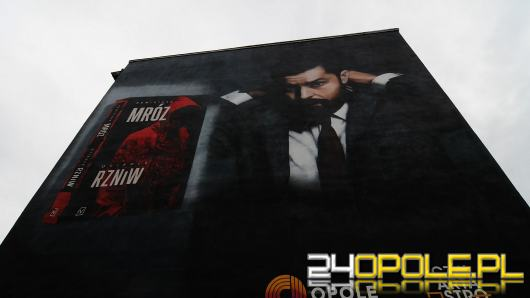 Remigiusz Mróz ma już swój mural w Opolu. Oficjalne odsłonięcie 15 lipca