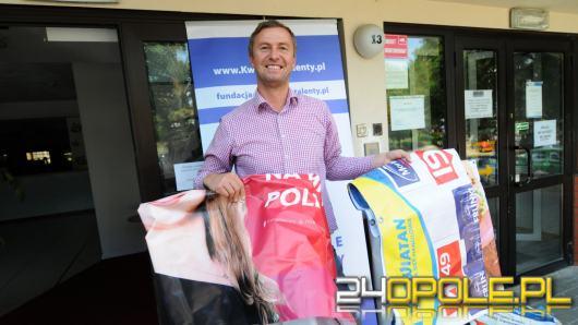 """Z banerów zrobią torby i legowiska. Talentownia przyjmie każdą ilość """"śmieci"""" powyborczych"""
