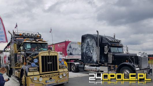 Najpiękniejsze ciężarówki zjechały do Polskiej Nowej Wsi. Rozpoczął się Master Truck