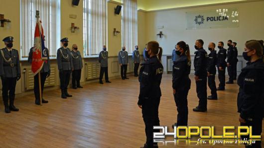 21 nowych policjantów ślubowało na sztandar