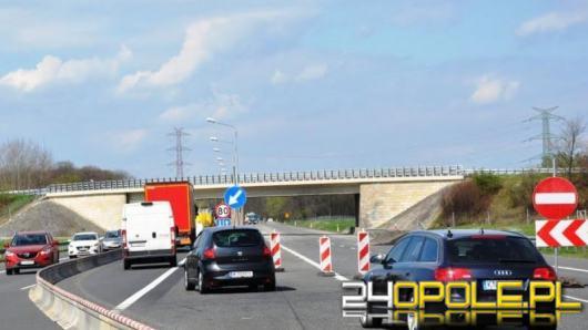 Trwa remont autostrady A4, tworzą się ogromne korki ale jest woda dla podróżnych