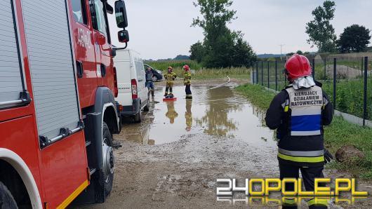Strażacy usuwają skutki nawałnic, które przeszły przez Opolszczyznę