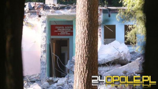 Ośrodek w Suchym Borze zburzony. Marszałek zapewnia, że nie będzie tam luksusowego osiedla