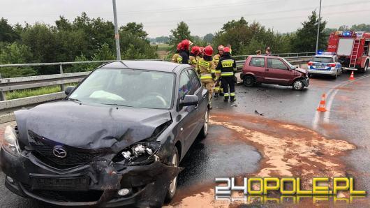 Zderzenie Mazdy i Fiata na Niemodlińskiej w Opolu