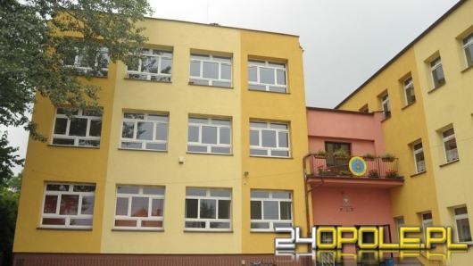 Kilka klas z PSP nr 20 w Opolu odesłanych na kwarantannę. Zakażony nauczyciel